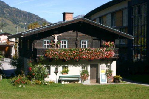Schinderhaus im Sommer